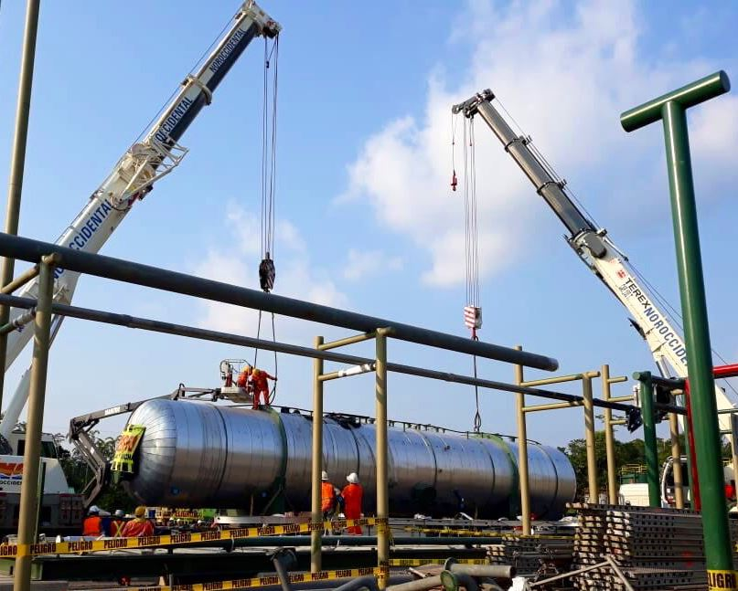 Unload and final lifting of a Heater Treater